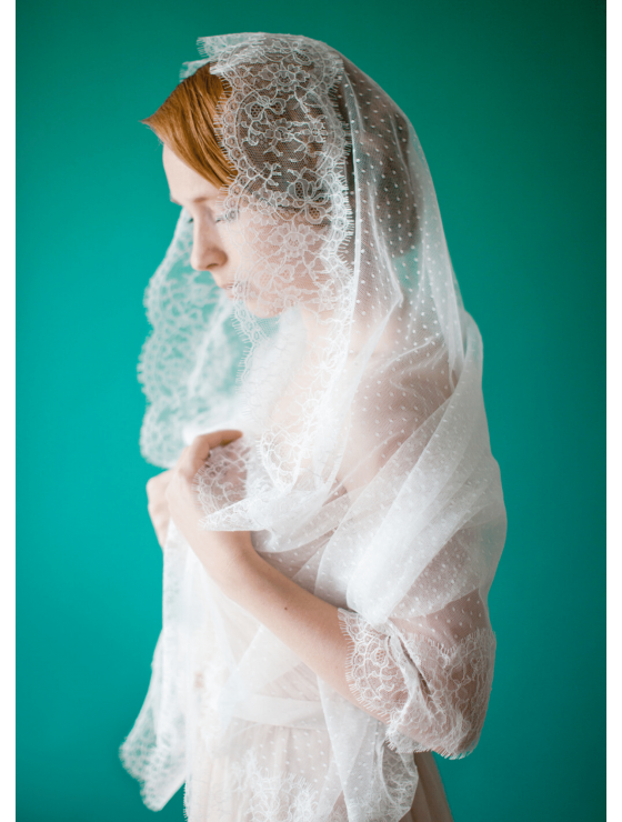 Anna Veil | Beautiful Swiss Dot Mantilla Veil with Lace Edge 1.5 Meters Wedding Veil