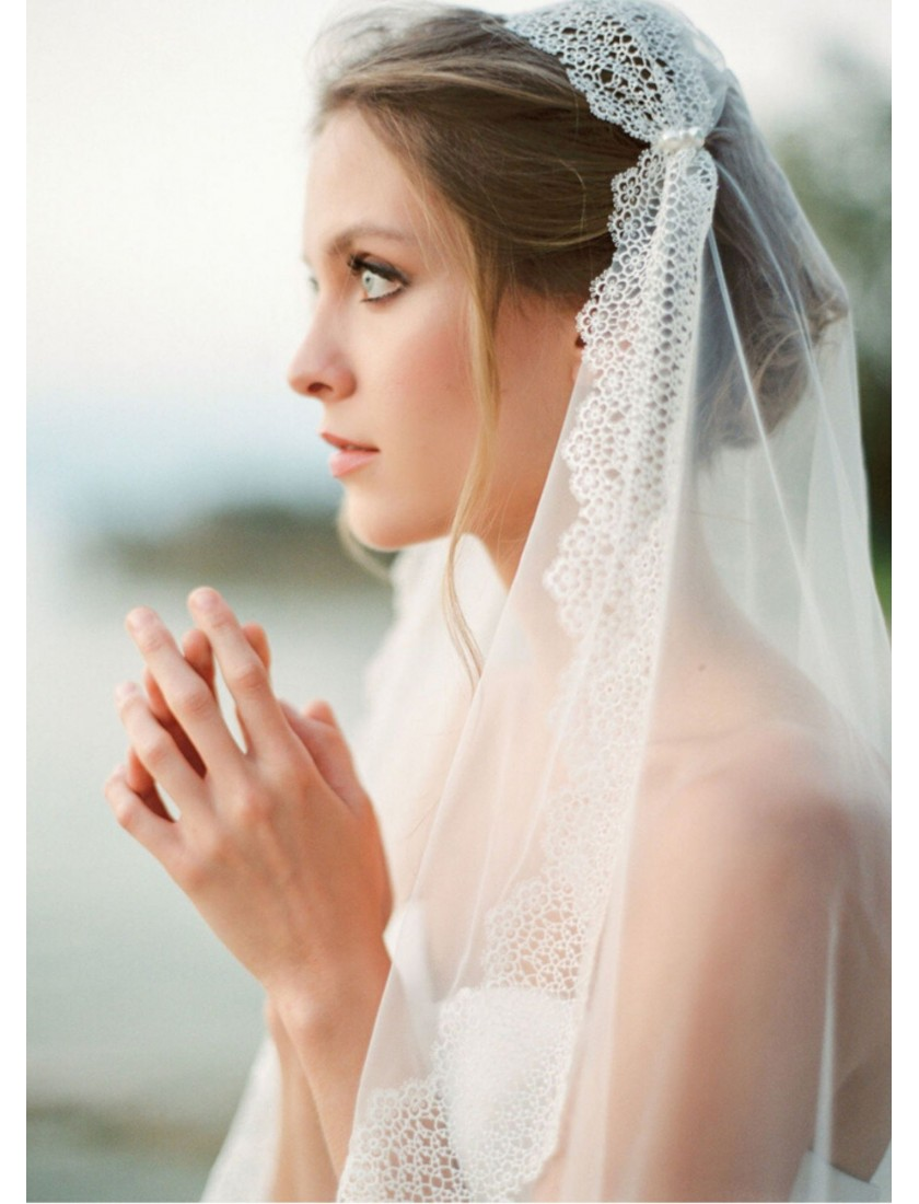 Tiffany Veil | Vintage Juliet Cap with Pearl Beaded Fingertip 0.85 Meters Lace Wedding Veil