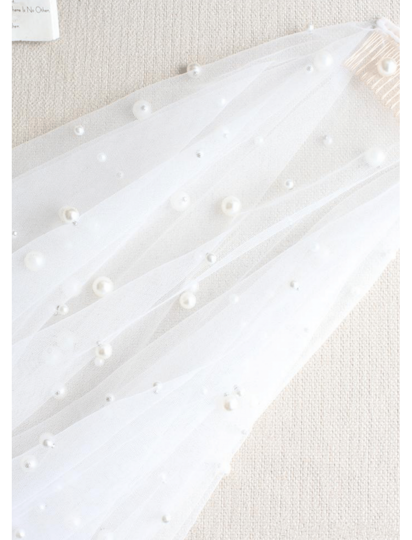 Gwyneth Veil | Pearl Beaded Ivory Veil with Blusher Fingertip 1.5 Meters Bridal Veil