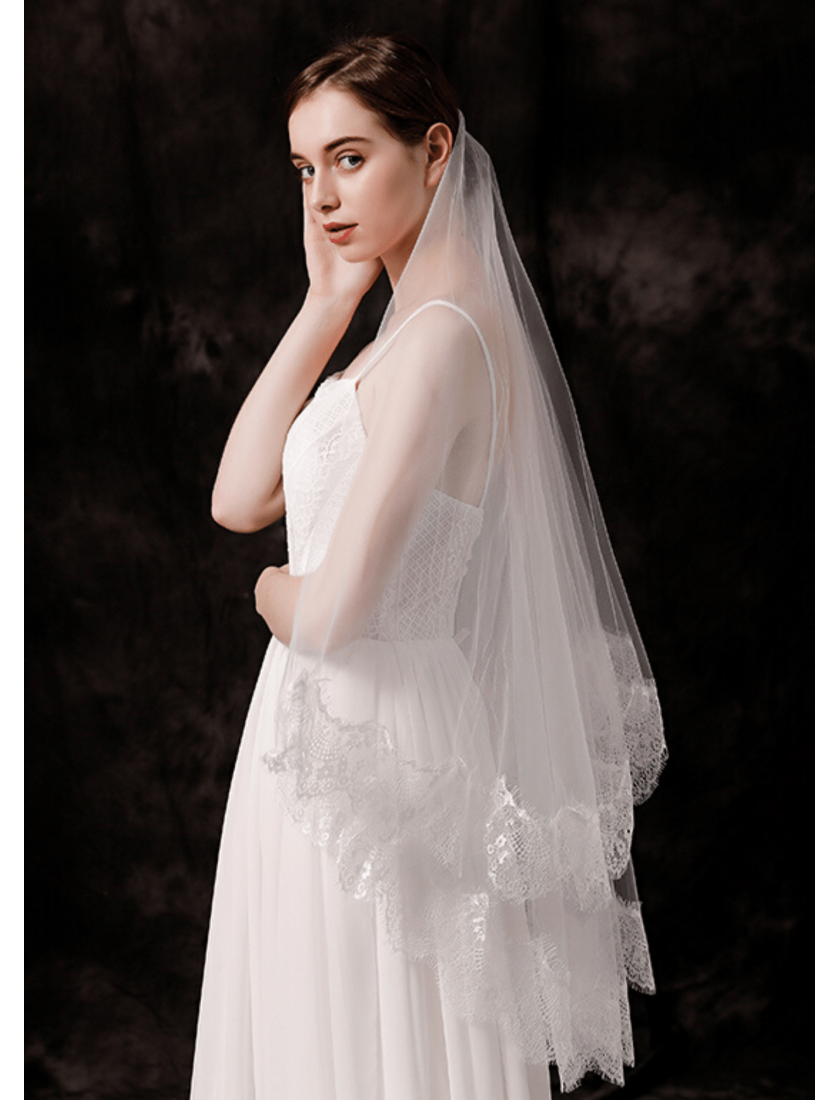 Taylor Veil | Classic Lace Trim Fingertip 1.5 Meters Ivory Wedding Veil