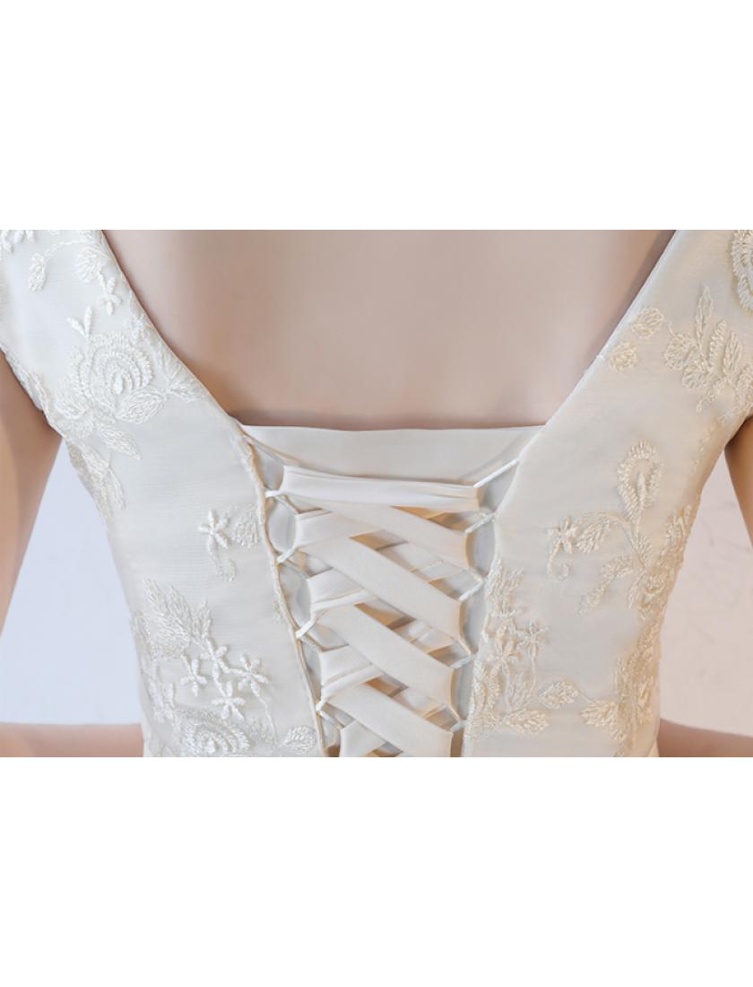 Keala Dress (Champagne)